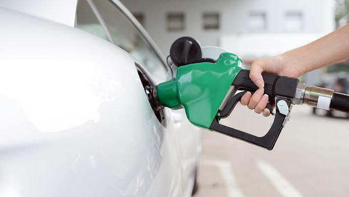买车的卖车的开车的不开车的快来看: 中国正在研究制定禁售燃油汽车时间表, 专家啥建议