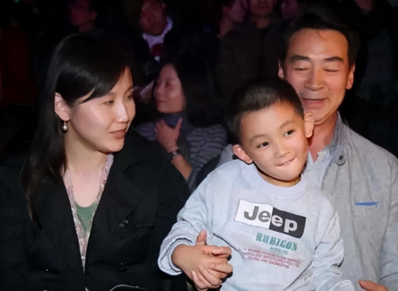 65歲寇振海太敬業, 陽光下暴曬拍戲, 今11歲兒子成老戲骨和世界季軍-圖6