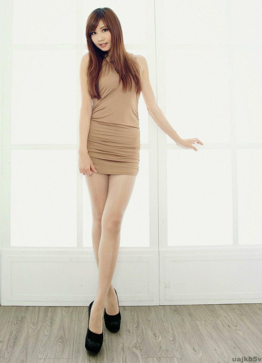 时尚紧身裙秀时尚从末停歇, 妹子的美就是迷人