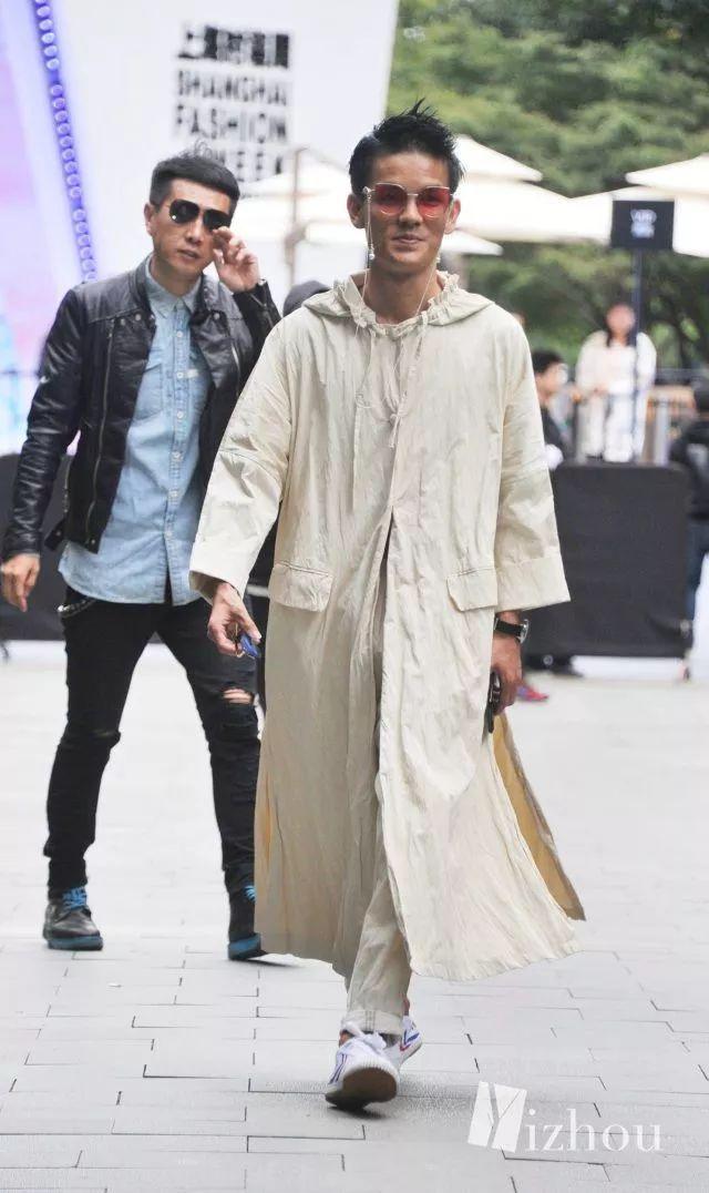 上海时装周的街拍又来刷新三观了 24