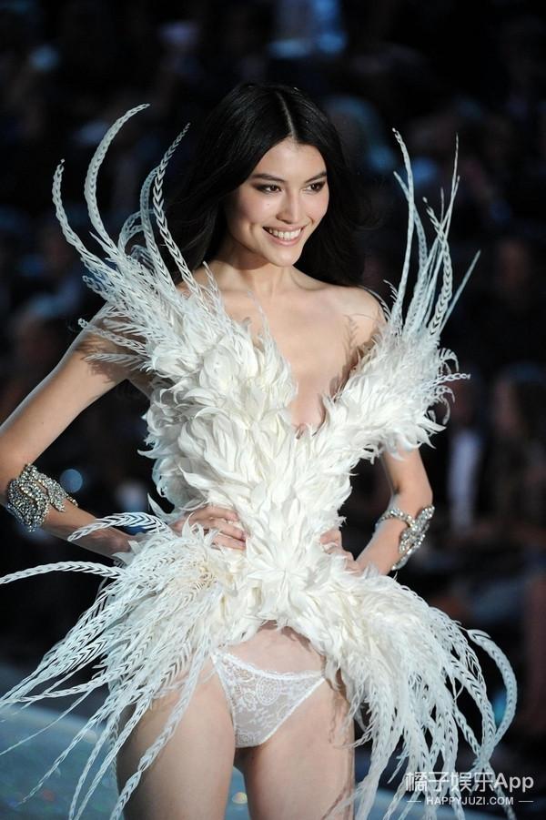 今年11月能在上海看维秘秀! 期待中国超模们的美颜盛世! 16