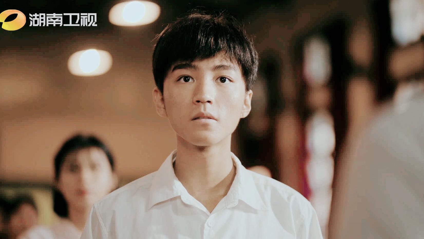 張藝興新劇開播, 情緒爆發哭到失聲, 王俊凱顏值大跌演技卻被認可-圖23