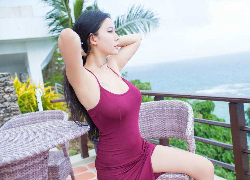 连衣裙迷人的装扮, 成为一道亮丽的风景线 3