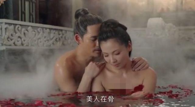 43歲劉濤與周渝民鴛鴦戲水, 演15歲少女吻戲被吐槽: 太過辣眼睛-圖1