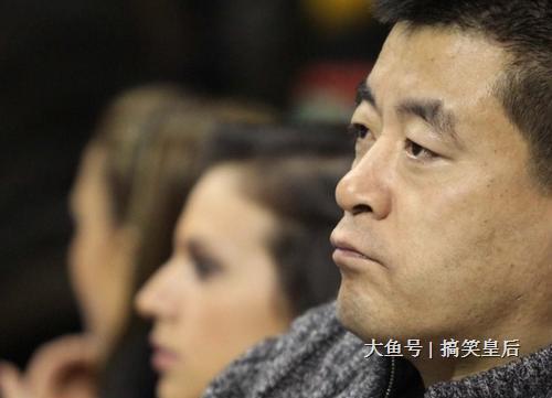 周立波想到了曾经与金炜玲一同下乡演出, 赵本山还创办了自己自己演出舞台, 鹿晗演出《择天记》所得人民币1