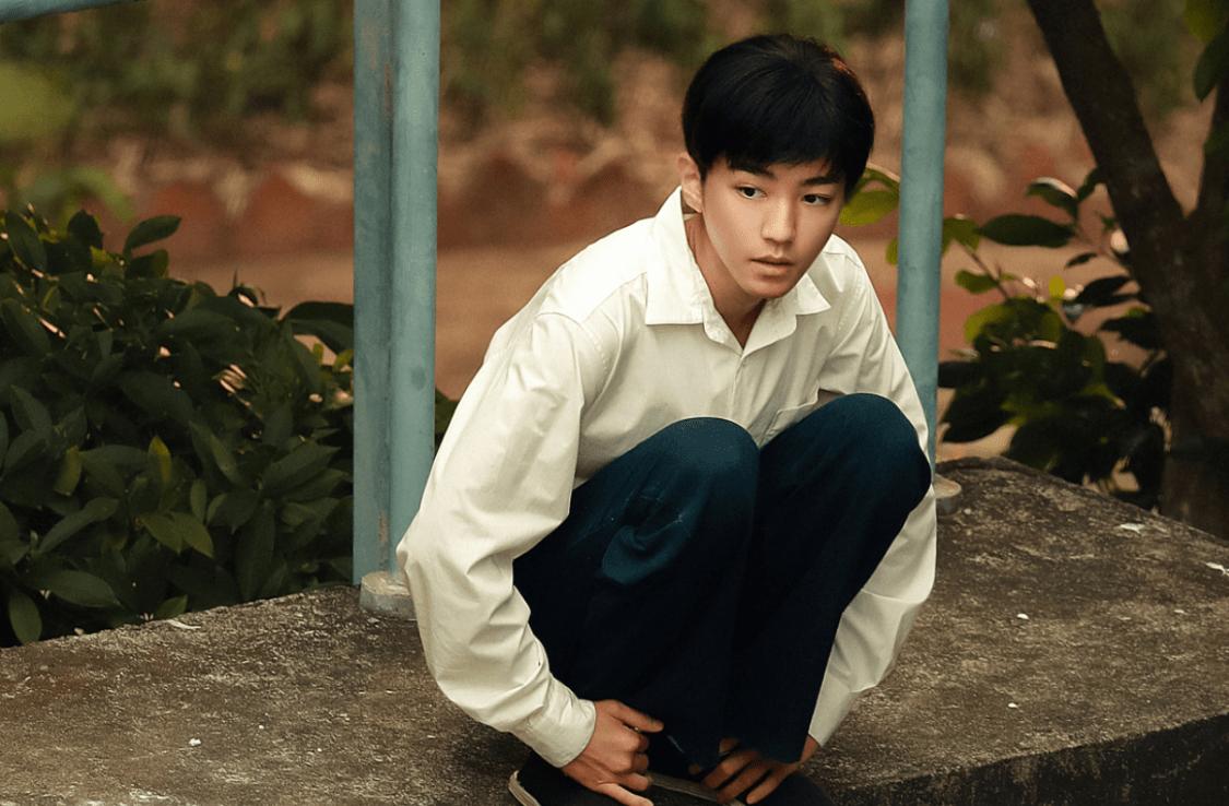 張藝興新劇開播, 情緒爆發哭到失聲, 王俊凱顏值大跌演技卻被認可-圖15