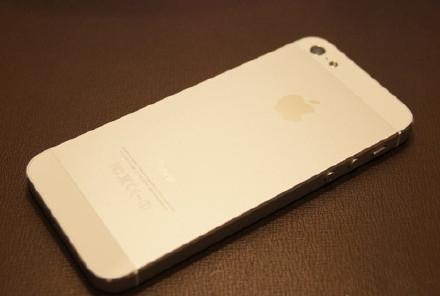 中国人对iPhone越来越消极 只要有微信什么手机都行