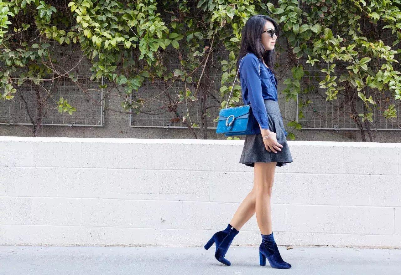裙子+短靴才是初秋最时髦搭配! 20