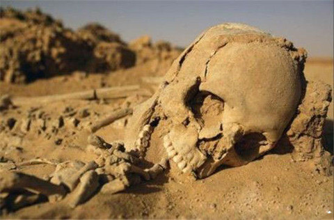 楼兰古城: 神秘消失千年后在罗布泊被发现
