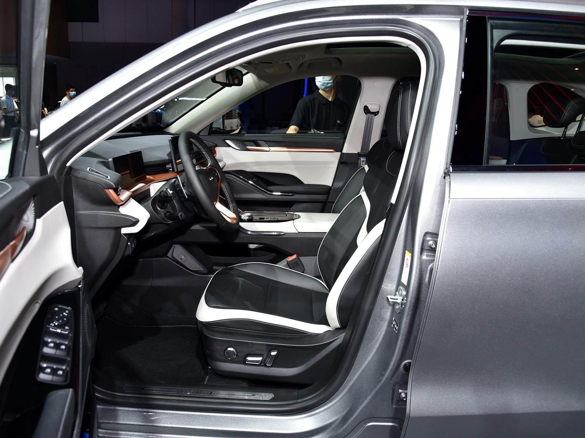 面面俱到才是實力, 13.5萬入手新款頂配哈弗H6, 價格不貴享受超CRV-圖5
