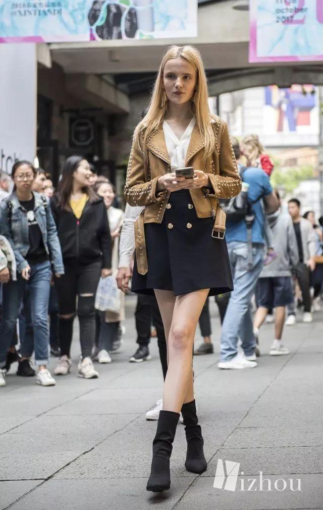 上海时装周的街拍又来刷新三观了 26