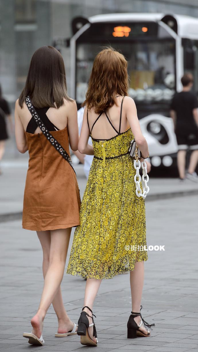 街拍时尚秀: 成都路人街拍, 美若天仙的小姐姐, 气质最重要 2