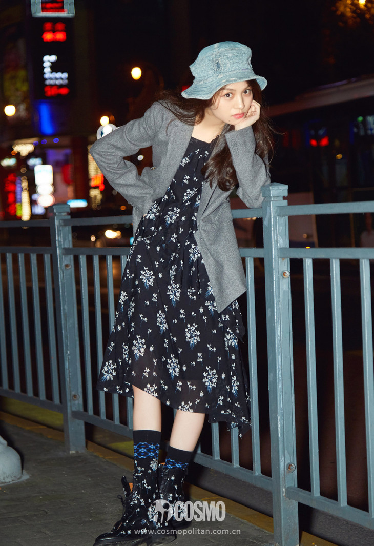 时髦办 | 刘雯的呢子裙何穗的百褶裙, 超模的最爱你也能穿? 8
