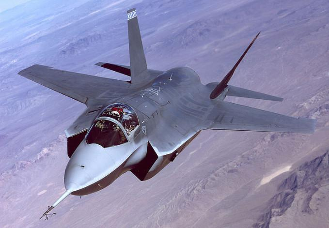 美F-35有多先进? 有美国的指导日本竟组装试飞失败!