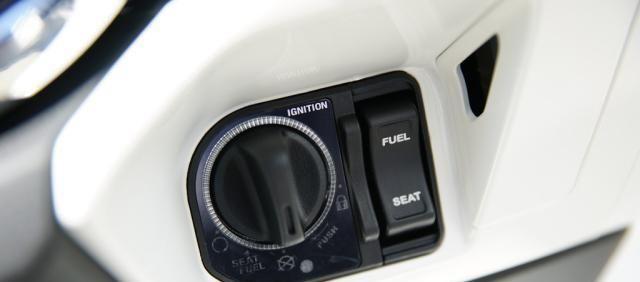 本田最新踏板標桿車, 149CC水冷, 百公裡油耗1.9L, 2.699萬值嗎?-圖25