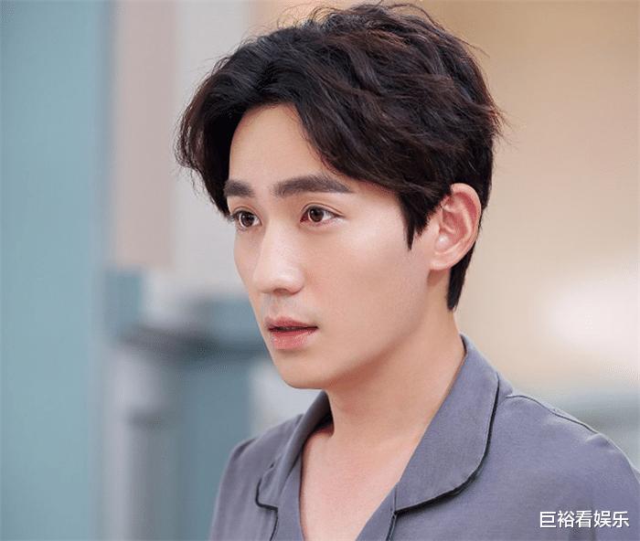 """目前""""最火""""男演員公佈: 肖戰跌至第3, 榜首竟是23歲的他!-圖5"""