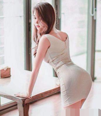 包臀裙这么美, 女人们难道不觉得心动吗?