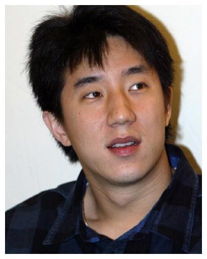 房祖名帶小他十八歲的女友見父母, 成龍: 非常滿意, 馬上訂婚-圖2