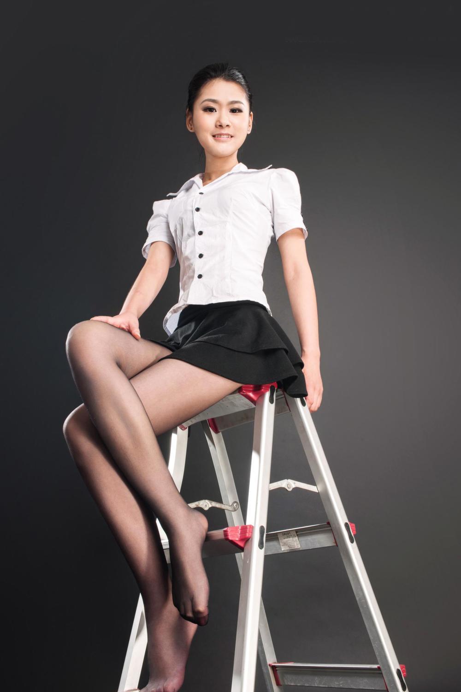 时尚短裙穿出美丽动人身姿, 让你过个舒适清凉 3