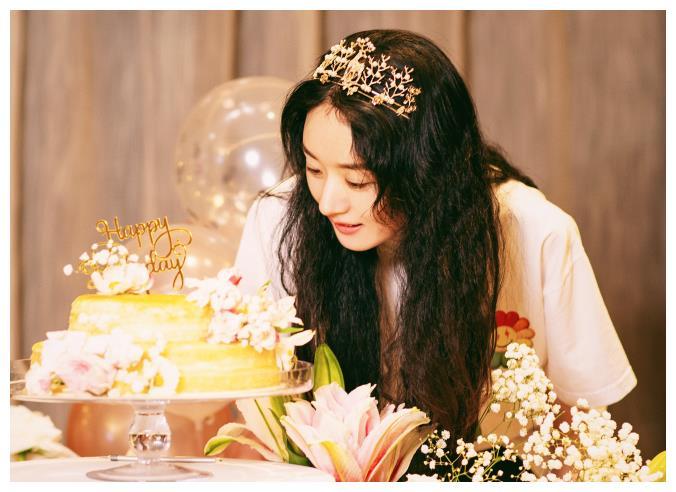 趙麗穎迎來33歲生日, 上熱搜的卻是馮紹峰, 粉絲笑出瞭豬叫聲-圖2