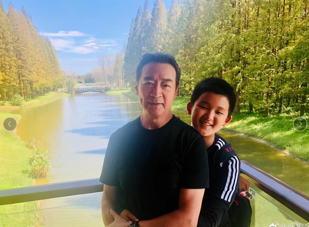 65歲寇振海太敬業, 陽光下暴曬拍戲, 今11歲兒子成老戲骨和世界季軍-圖16