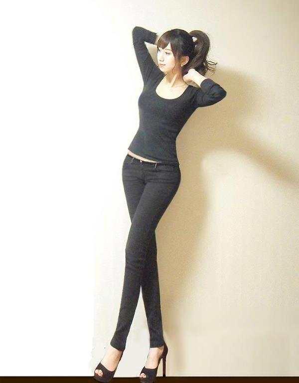 其实只要身材好气质佳, 穿紧身裤是很漂亮的 3