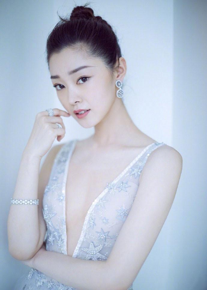 迪麗熱巴, 宋軼, 張予曦貓系美女, 誰是貓系臉顏值巔峰?-圖3