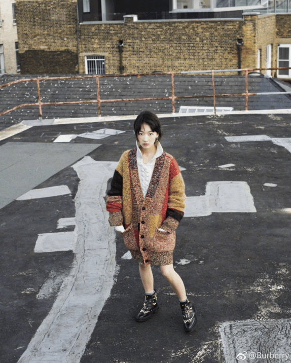 温暖针织外套 五彩斑斓的样子让这个季节不在寒冷 2