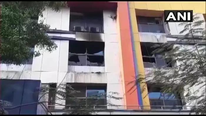 印度一醫院突發火災 13名新冠患者喪命-圖2