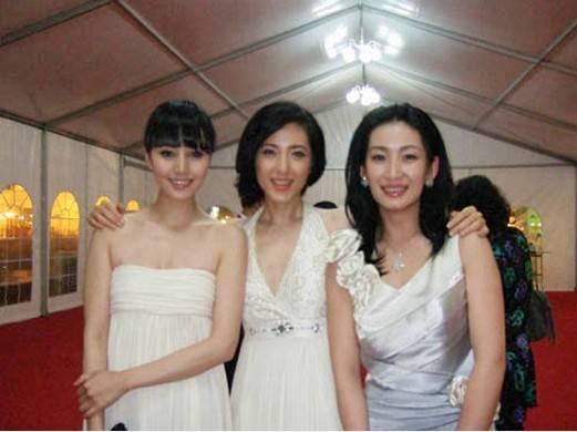 出道17年, 演技不输章子怡, 被称最美校花, 如今却沦为三线演员