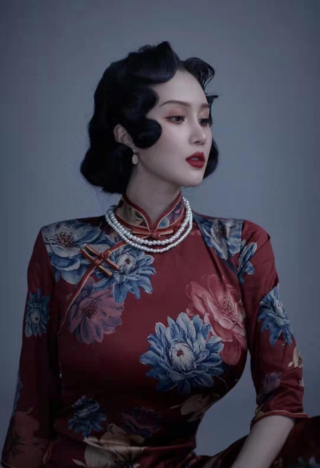 趙本山女兒直播自曝征婚條件, 曬寫真上圍傲人, P圖太假被吐槽-圖4