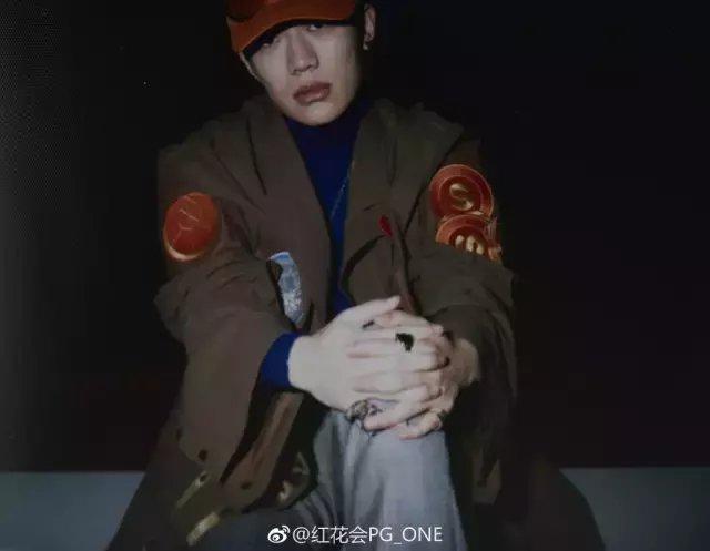 中国有嘻哈后选手过得咋样? pgone走向国际被众星蹭热度, 社会gai爷却怂了?