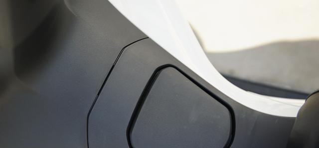 本田最新踏板標桿車, 149CC水冷, 百公裡油耗1.9L, 2.699萬值嗎?-圖26