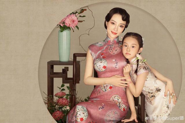 李小璐為女兒慶生, 母女拍古風寫真, 8歲甜馨出落大方淑女范十足-圖3