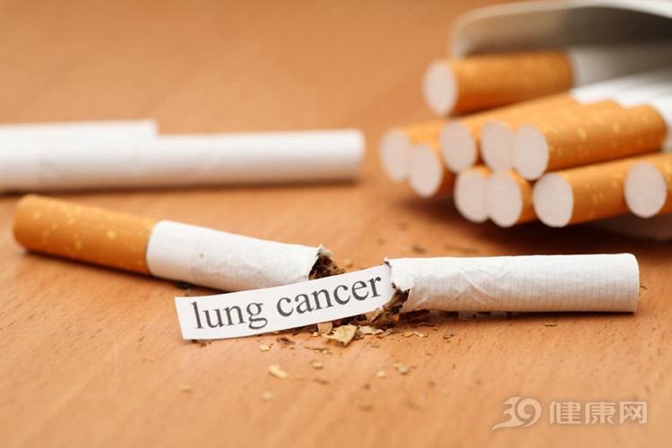 """提示: 生活做到4个""""少"""", 食道癌一定不找你!"""
