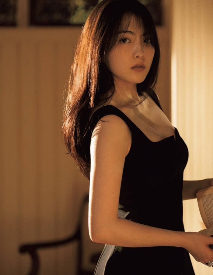 """她是日本""""演技最差的女优"""", 因为一张漂亮脸蛋, 成为国际巨星"""