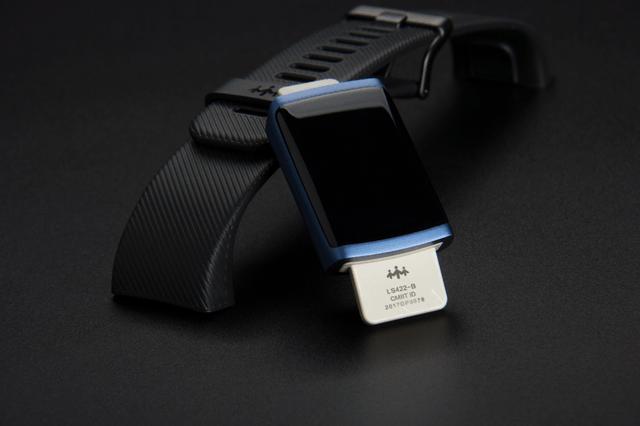 乐心ziva plus智能手环: 小贵, 但吃定运动市场的野心更大