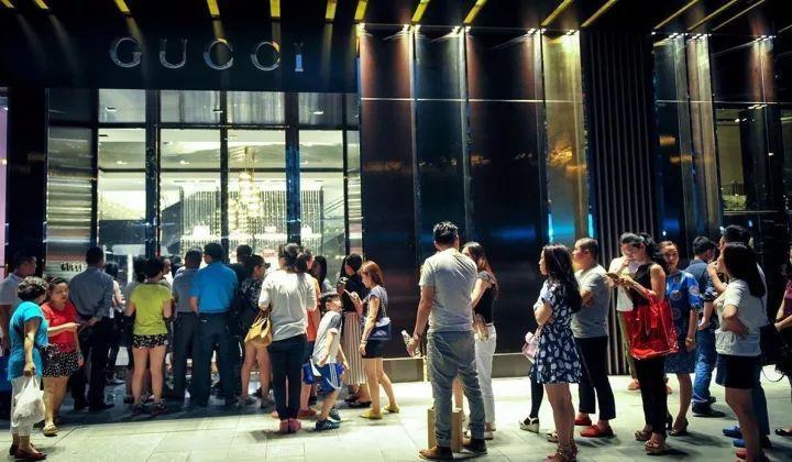 中国人有钱又爱买买买, 为啥没有本土奢侈品? 16