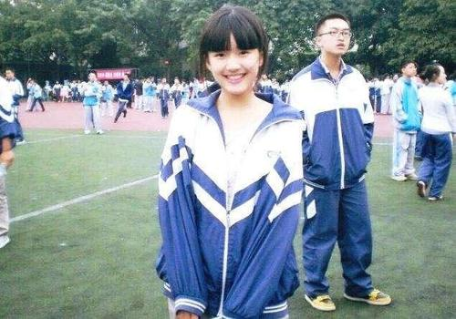 網紅出道的明星: 趙露思、劉宇寧、章若楠火瞭, 唯獨她涼涼-圖2