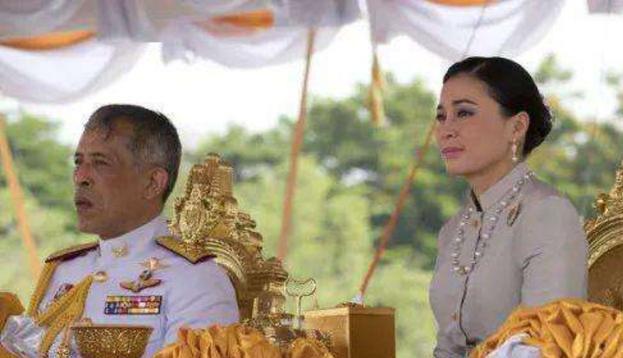 愈演愈烈! 泰國曼谷進入緊急狀態, 泰國王王位搖搖欲墜-圖5