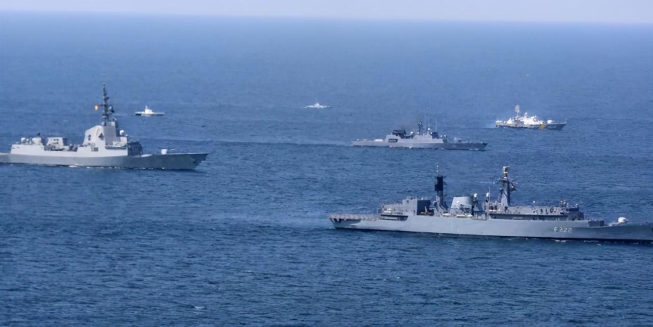 大批北約軍艦現身黑海, 俄方強硬警告: 將采取一切手段-圖2