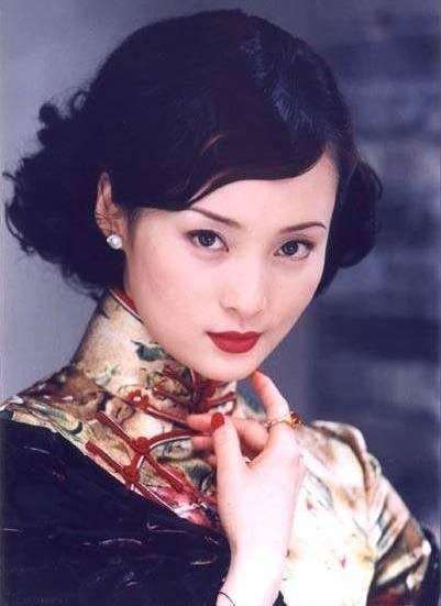 刘嘉玲挑战蒋勤勤演顾曼璐, 造型曝光却被吐槽《半生缘》变《我的下半生》 10