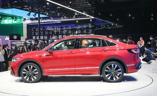 大眾途觀X采用溜背設計, 車型定位於中型SUV, 搭載2.0T排量-圖5
