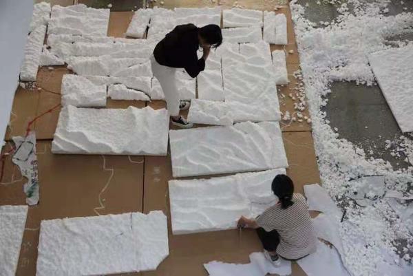 復現兩萬五千裡 鄭大學子制作長征沙盤獻禮黨的百年華誕-圖3