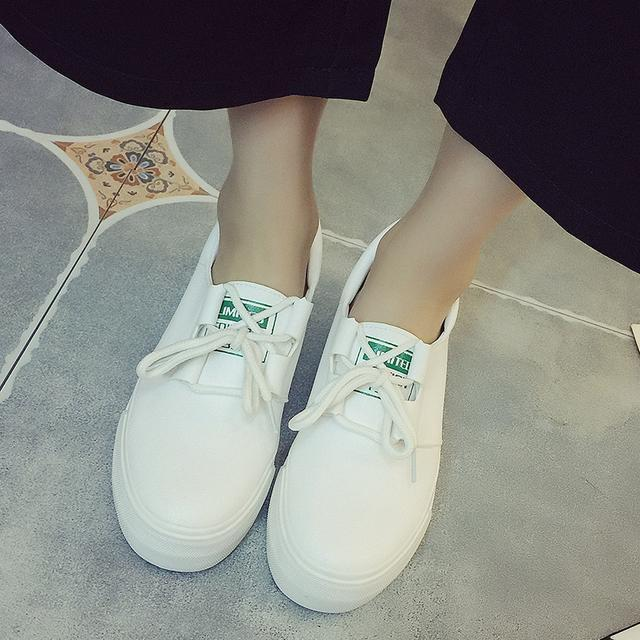 """小白鞋已过时了, 火遍时尚圈的""""一脚蹬"""", 连赵薇、杨幂都在穿 13"""
