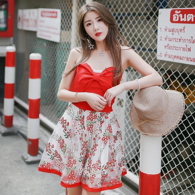 大街上, 你会看穿抹胸连衣裙的女生一眼么