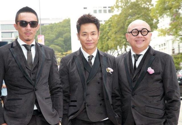 """香港第一演""""傻""""演員, 靠傻三奪視帝, 迎娶紅孩兒後成這樣-圖1"""