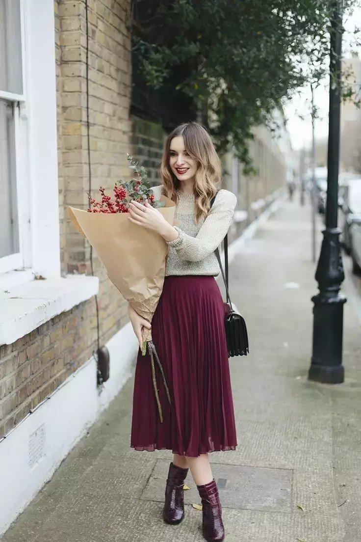裙子+短靴才是初秋最时髦搭配! 25