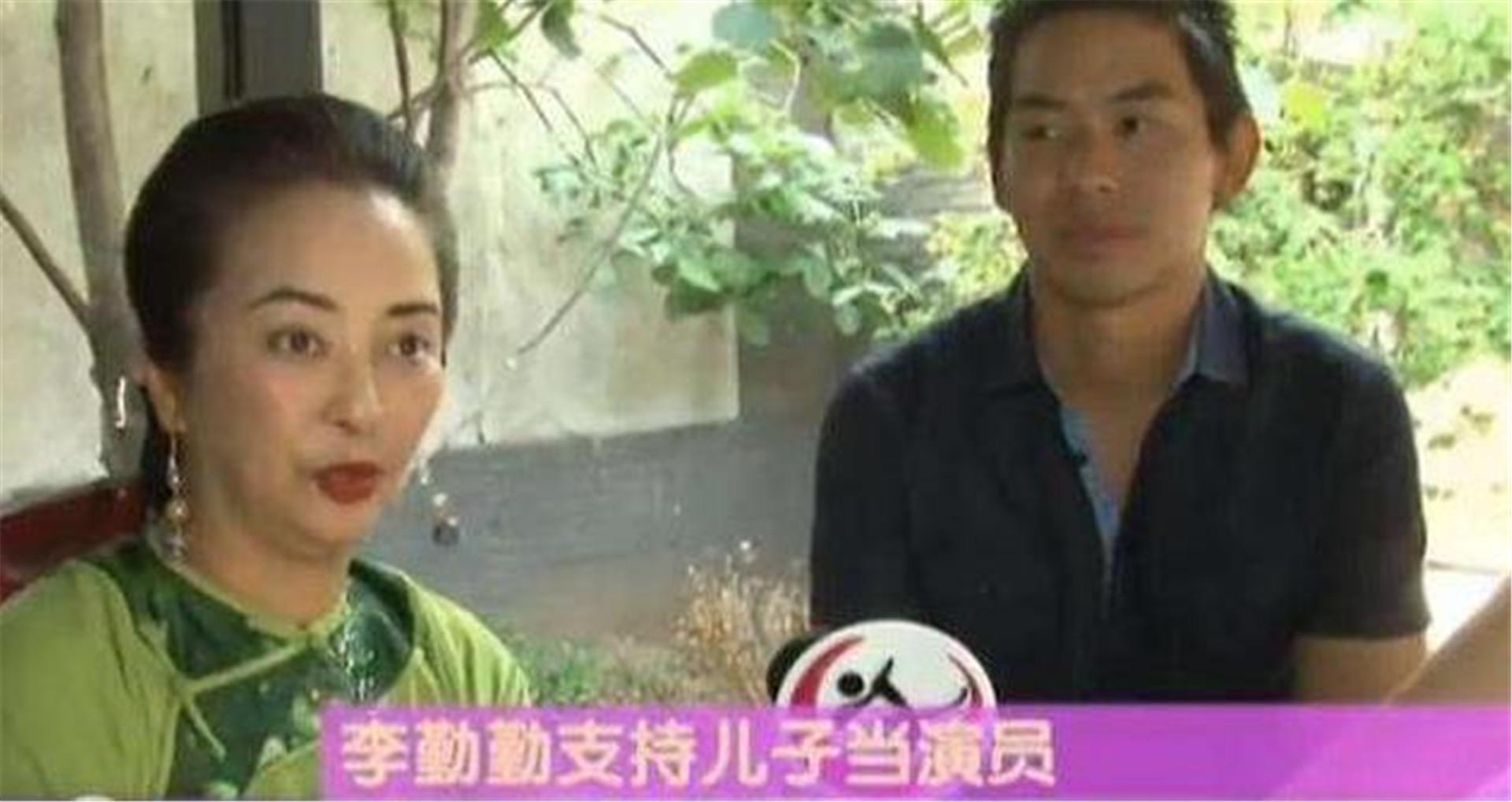 揚言不嫁中國人, 卻兩次被老外拋棄, 如今她帶著兒子回國撈金-圖9
