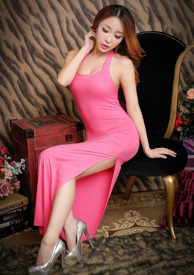 紧身裙女神优雅打扮, 穿上后成为时尚焦点